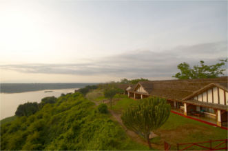 standard rooms with view of kazinga channel